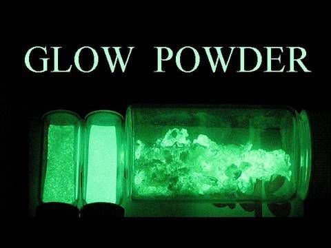How To Make Glow in the Dark Powder - http://thedailynewssource.com/2014/03/15/tech-buzz/how-to-make-glow-in-the-dark-powder/