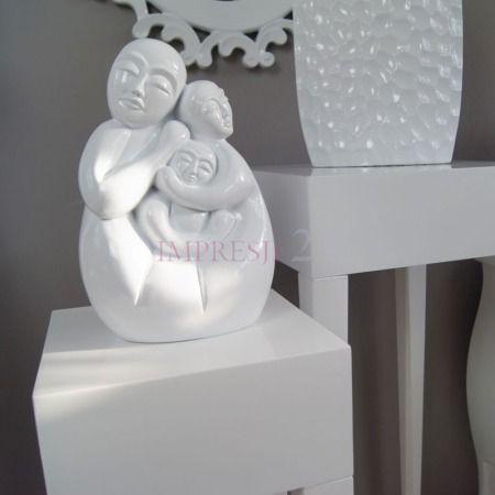 Dekoracyjna figurka   Decorative figurine #dekoracja #figurka #salon #sypialnia #wystrój #wnętrza #stylowe #białe #decoration #figurines #living_room #bedroom #interior #stylish #white