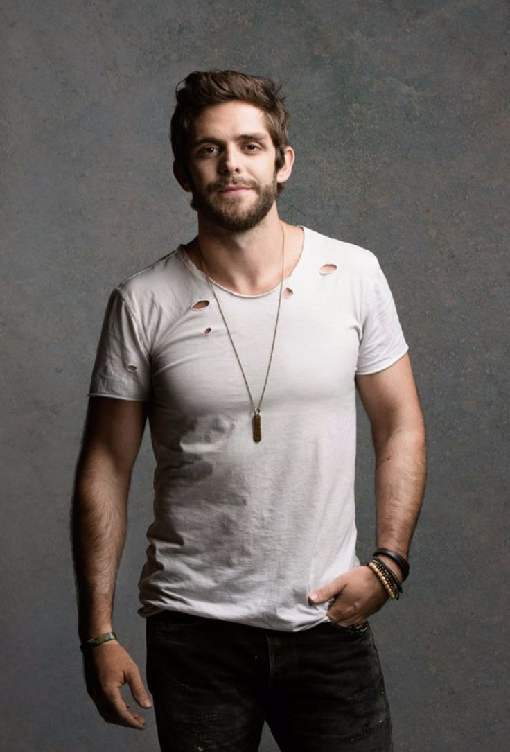 Thomas Rhett. This man and his voice xoxo