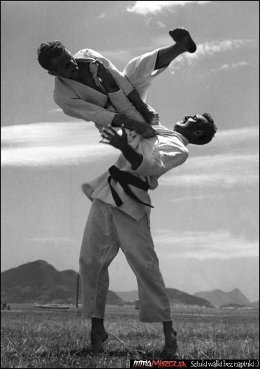 Flying armbar by Carlos Gracie Sr., and Helio Gracie