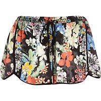 Negro Pacha impresión cortos floral