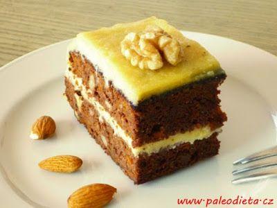 PALEO DIETA: Mrkvový dort s mandlovým krémem