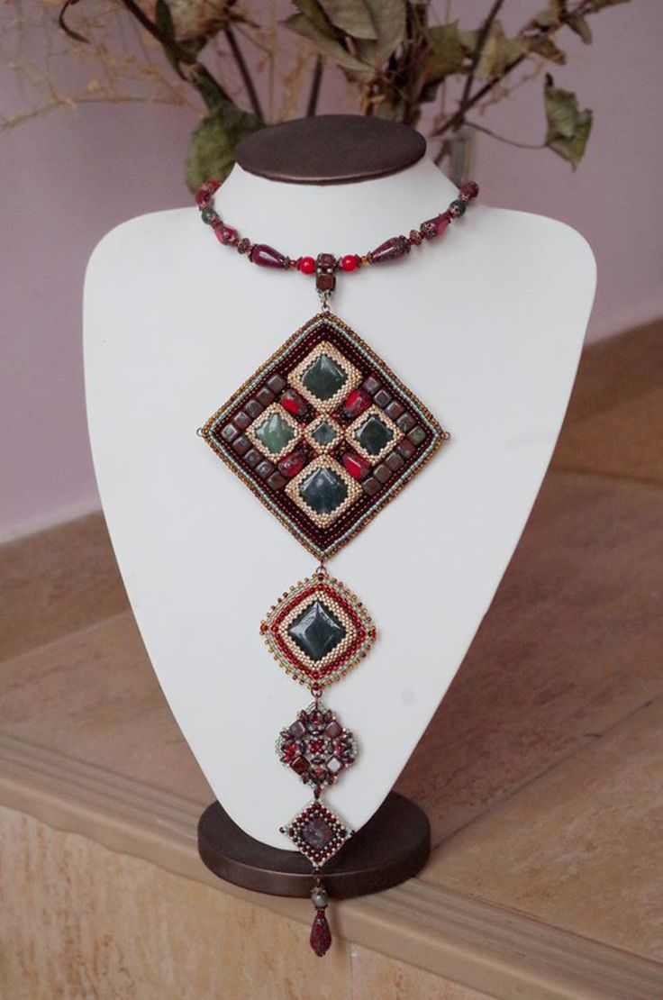 "beaded jewelry - украшения из бисера - Кулон ""Геометрия"""