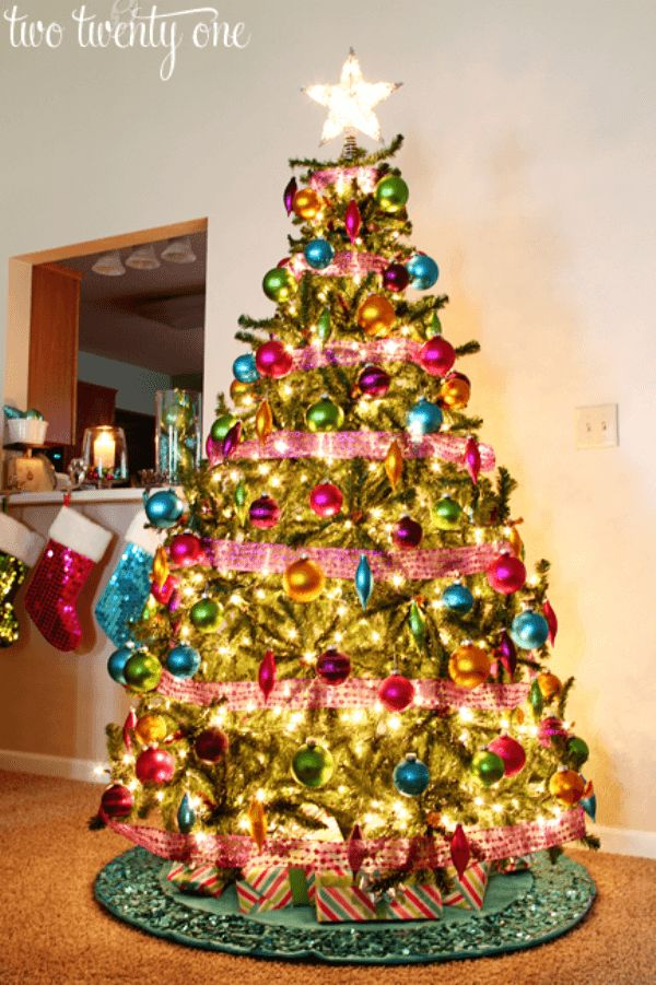 55 Best Christmas Tree Decorations Images On Pinterest Christmas  - Colored Lights On Christmas Tree
