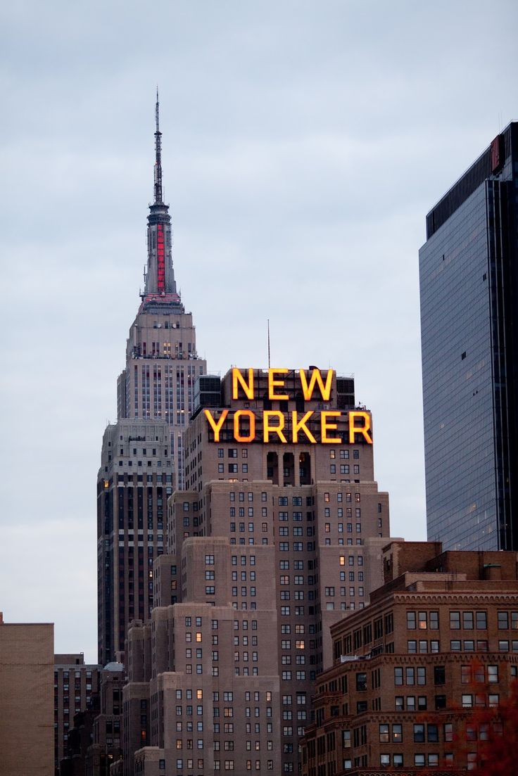 New Yorker Hotel Nyc Hotel Nyc Yorker Wallpapers 4k Free Iphone Mobile Games New York City Travel New York Travel Nyc Hotels