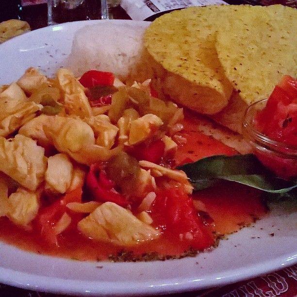 Cena prima della partenza! #foodporn #foodcraft #pesaro #oldwildwest #messicano #instafood#instamoment #food #tortillas #basmati #pollo #chicken