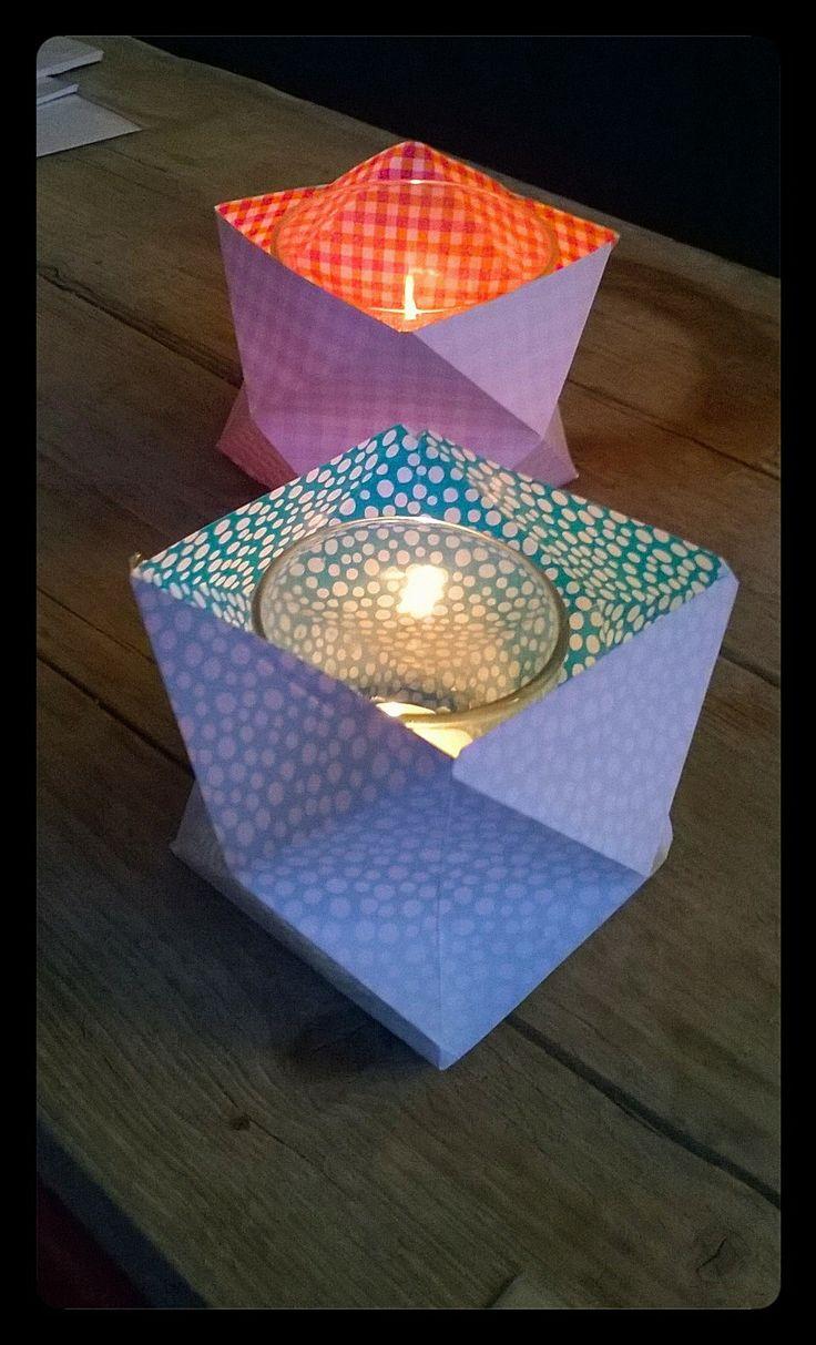 Bonkies: origami stevig papier. De print schijnt er leuk doorheen als je het lichtje (bij voorkeur op batterijen ivm safety) aan hebt. €2.50 inclusief glaasje. @ Atelier 87.