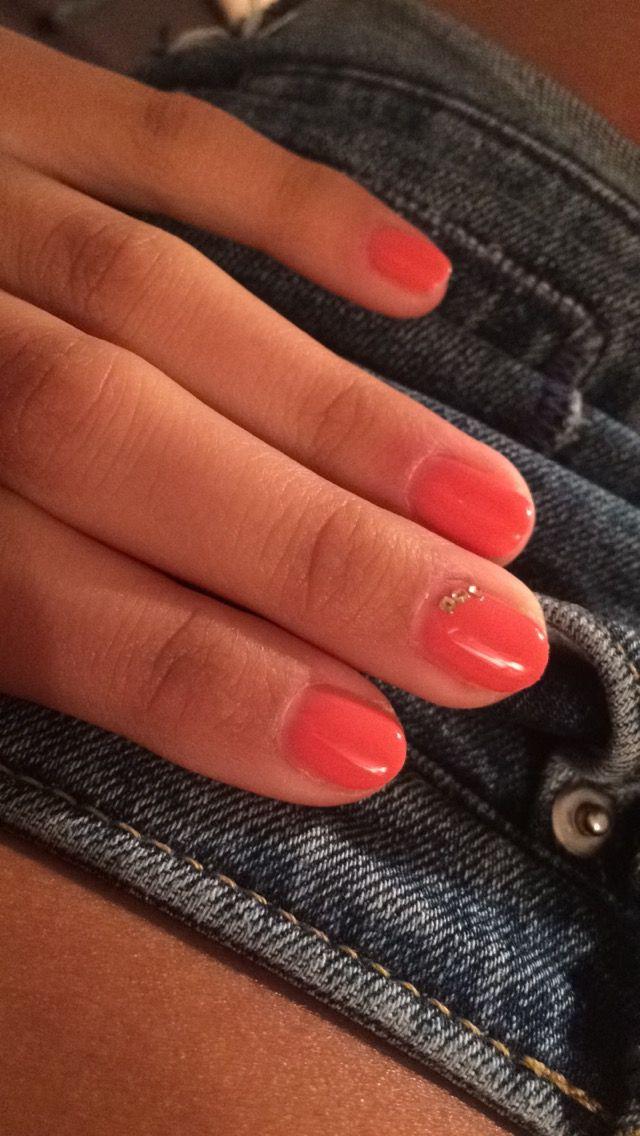 #coral #nails #lilinails #gold