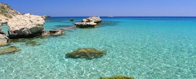 Mare cristallino e cultura romana-bizantina, tutto questo é l'isola di Cipro! Un vero e autentico spettacolo da visitare assolutamente #traveltellers!