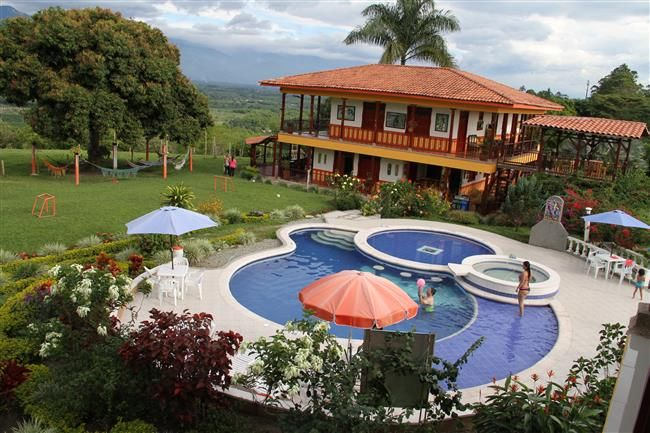 Alquiler de fincas en el quindio hoteles casas for Modelos de fincas campestres