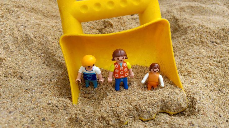Aujourd'hui c'est une sortie à la plage du Cotentin (of course) pour la famille Playmobil.