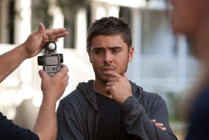 Zac Efron on the set of The Lucky One: Photos Books, Eye Candy, Gonna Propo, Photo Books, Men Candy, Pin Zac Efron, Movie, Actor, Beautiful People