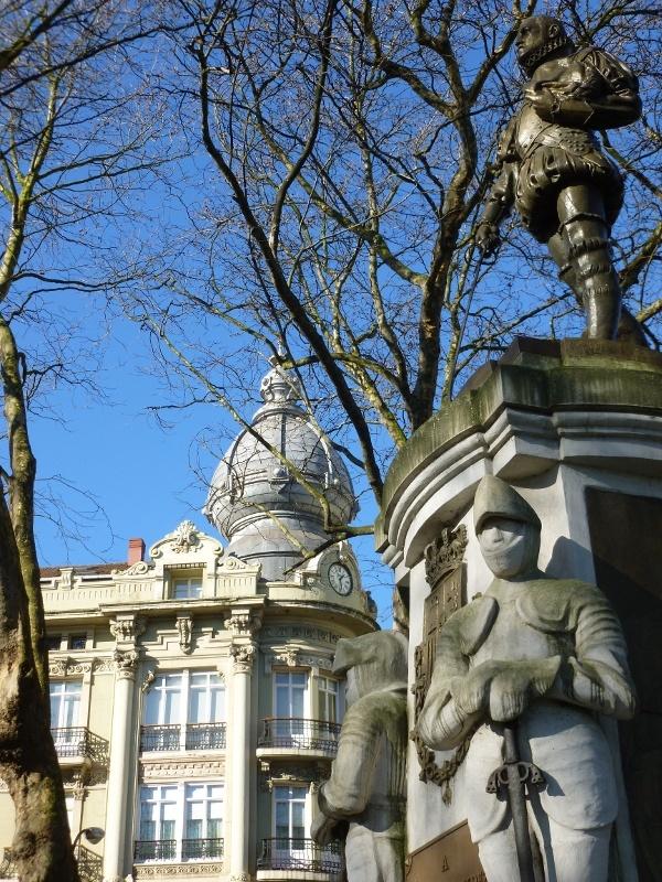Estatua de Pedro Menéndez de Avilés situada en el Parque del Muelle (Avilés , Asturias)