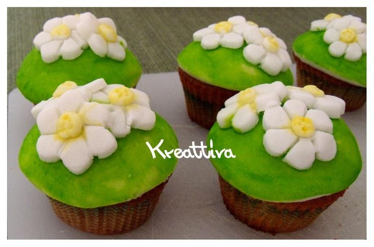 #matildetiramisu #concorso    kreattiva: Bouquet di cupcake cocco e amarene