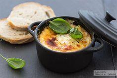 Huevos al horno a los dos quesos. Receta