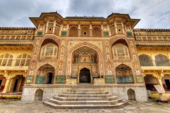 A Índia é uma das minhas grandes paixões na Ásia, um país mágico que merece um carinho especial na hora de preparar um roteiro.