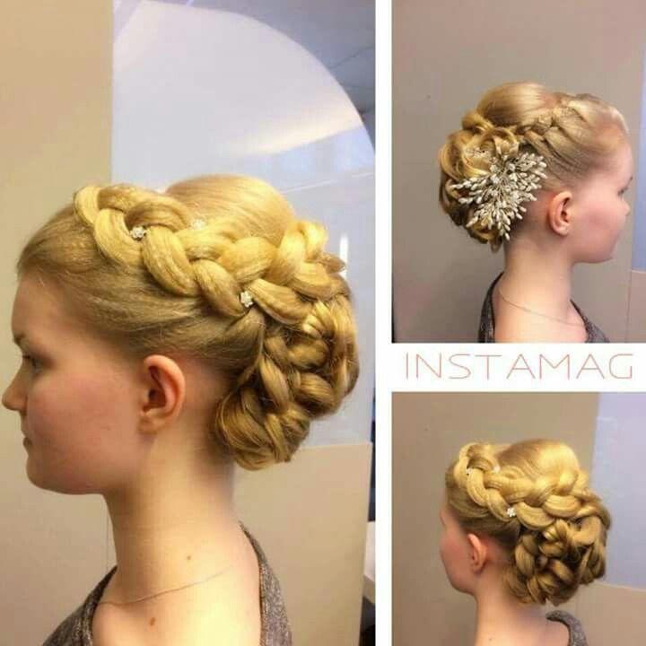 #juhlakampaus #prom #hairstyle #longhair #blond #bun #braid #hair accessories #tukkatalo