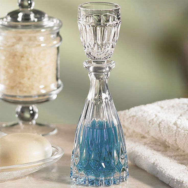 We have done some research to help you find a nice mouthwash dispenser with a great design to fit your bathroom. Read on for our top selection.