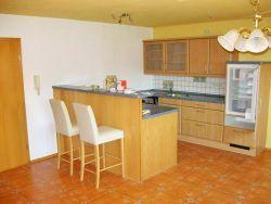 Mittelbrunn: Einfamilienhaus mit Garten und Terrasse zur Vermietung