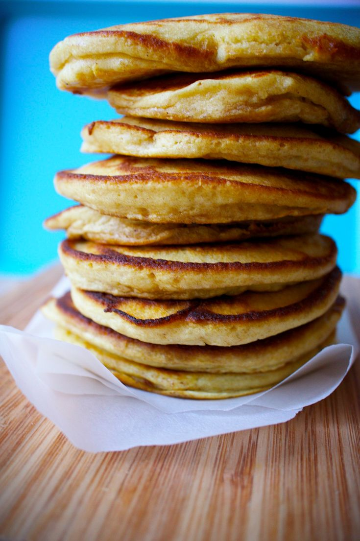 Jeg er ikke stolt af det, men min søndagsfrokost bestod i dag af pandekager med massevis af skøn sirup. Om det er fordi det er længe siden jeg har spist pandekager, eller disse pandekager virkelig bare var uovertrufne ved jeg ikke, men de røg meget nemt ned og med en lyst til mange flere… Det …