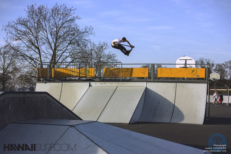 Cyrille Pouyaud, #Nosegrab trottinette Freestyle, photo Jules Couderc