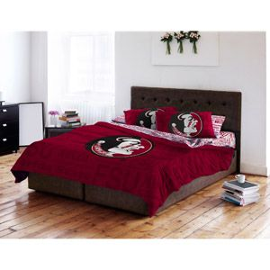 17 best images about comforter ideas on pinterest for Georgia bulldog bedroom ideas