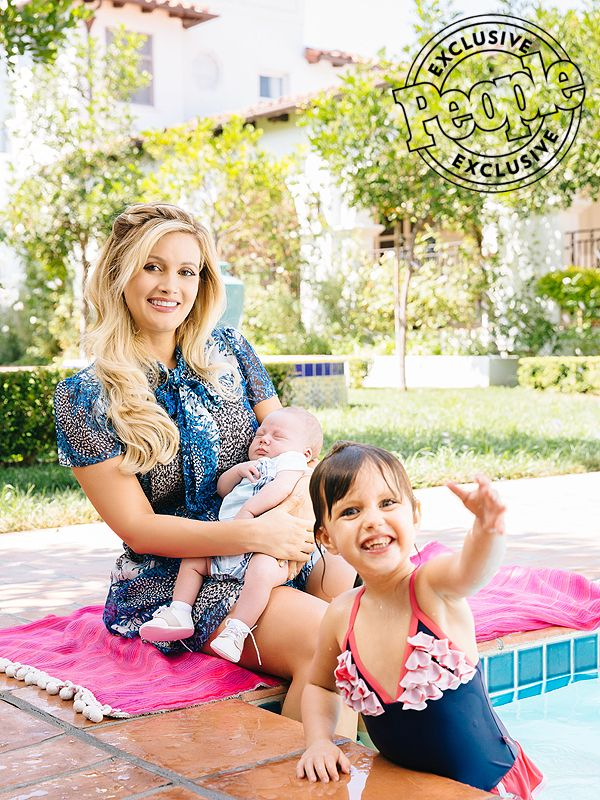 Holly Madison Vows to Take Her Time Losing Her 60 Lbs. of BabyWeight http://celebritybabies.people.com/2016/09/22/holly-madison-body-after-baby-60-pounds-weight-gain/