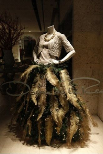 7 ways Florists use Mannequins for Fashion Forward Xmas Decor | The Mannequin Madness Blog