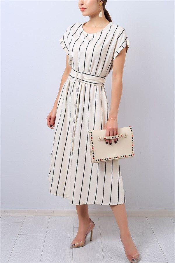 47 95 Tl Beyaz Cizgi Desenli Kemerli Bayan Elbise 14225b Modamizbir Elbise Elbise Modelleri Moda Stilleri