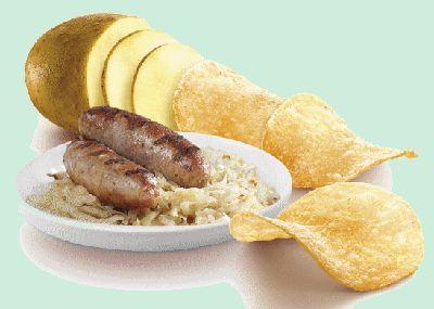 LAY'S WINTER EDITIONS Bratwurst Flavour 200gr Lay's Bratwurst winter édition sont des chips de pommes de terre à la saveur épicée de saucisse fumée et grillée www.chockies.net
