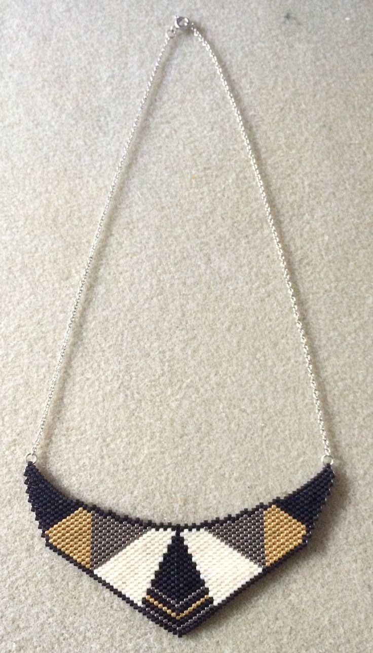 Collier plastron style art deco - tissage peyote avec perles Miyuki