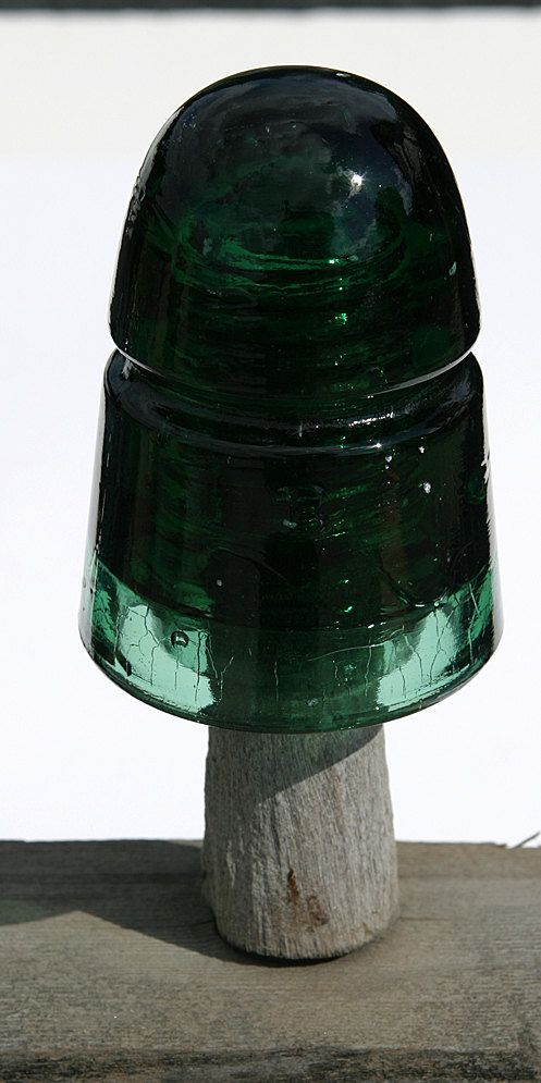 1910 insulator cd 145 brookfield new york by for Collectible glass insulators