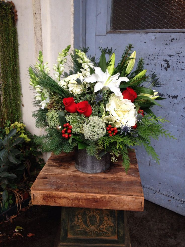 Rustic Christmas Floral