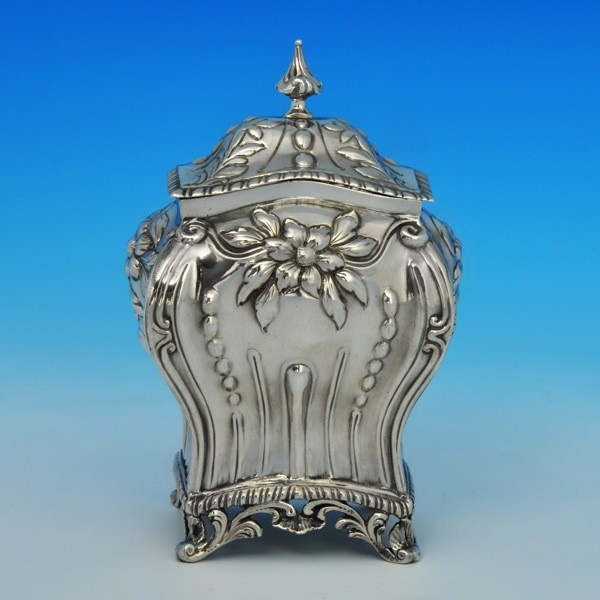 Silver tea caddy ca.1780