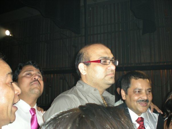 Kamlesh Bhuptani, Chaku with Udit Narayan