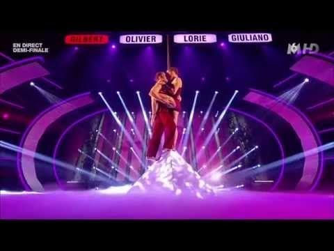 Demi-finale Incroyable Talent Saison 9- Karen et Dominic - Les drapeaux humains - YouTube