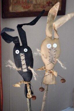 Primitive Bunny crock sticks by SchoolStPrimitives on Etsy, $19.50