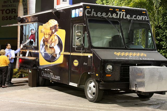 CheeseMe Food Truck Miami by Muy Yum, via Flickr