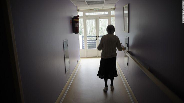 Alzheimer's: the disease that could bankrupt Medicare - CNN.com