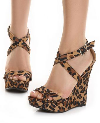 I bought some of these for my bday...needed some sassy shoes for my sassy day!