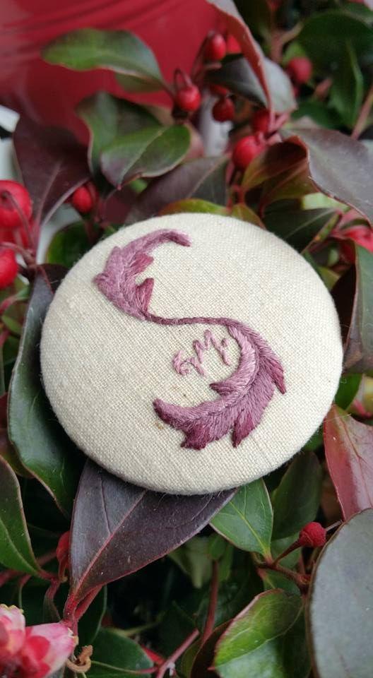 Embroidered button  4,7 cm diameter