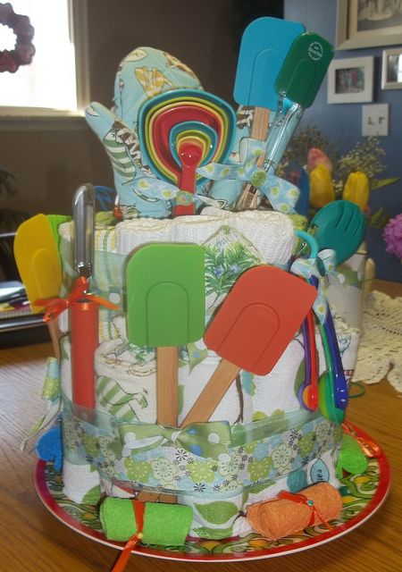 Dish Towel Cake for a wedding shower. Totally wish I has this idea to do for Holley!!!
