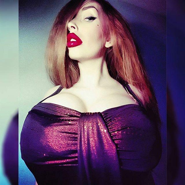 Jessica Rabbit vibes | niko | Pinterest | Models and Instagram