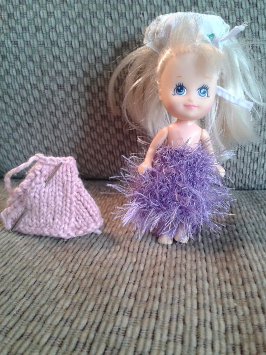 17 Best images about Dolls knitting patterns on Pinterest American girl dol...