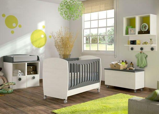 me gusta la combinacin de colores de esta habitacin de bebes blanco gris y