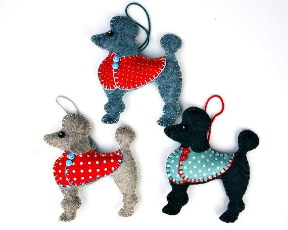 Poodle Christmas ornament Apricot Poodle Red por PuffinPatchwork