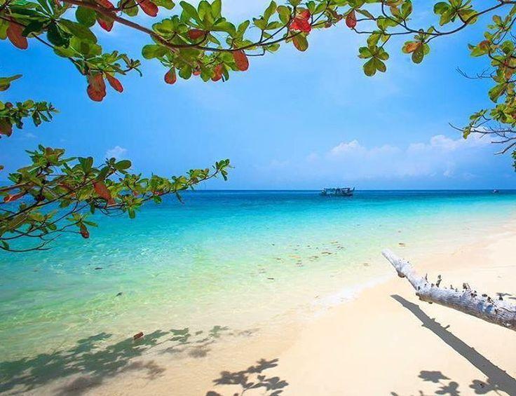 モルディブに匹敵する絶景ビーチ!タイ最後の楽園「リペ島」が美しすぎる | RETRIP                              …