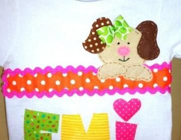 Toddler Girl Tshirt With Cute Puppy..