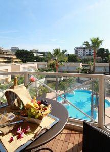 Top 10 Hotels in Antibes: AC Hotel Ambassadeur