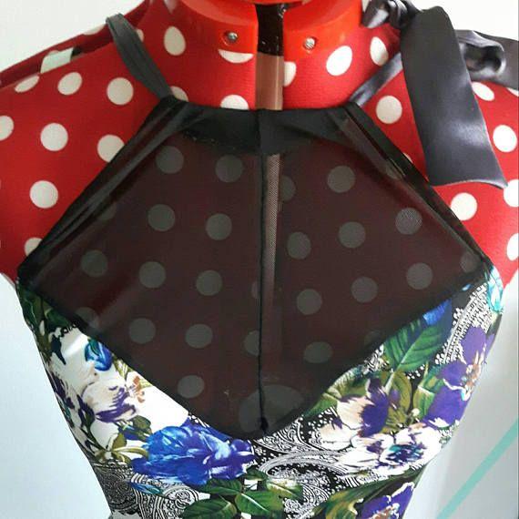 Retrouvez cet article dans ma boutique Etsy https://www.etsy.com/ca-fr/listing/484769486/floral-colorful-pencil-dress-with-mesh